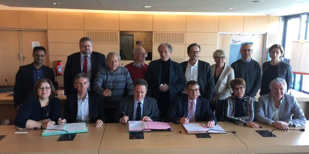 Représentants des centres de santé et syndicats libéraux signent l'ACI